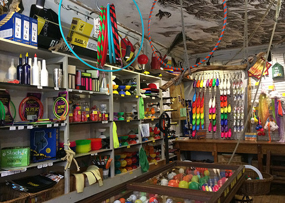 Toulouse Circus Shop